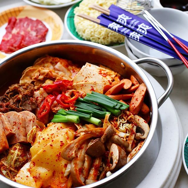Meet our new hotpot, Budae Jjiage, one of the most popular Korean hot pots.  This  25 year old recipe is  by Madam Kim of Incheon, South Korea. Available from 1st April till end of May.