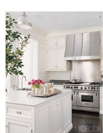 This is the happiest kitchen, it is so inviting. Love the freshness.