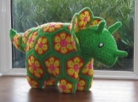 Plod the African Flower Triceratops (pattern by HeidiBears on Raverlry)