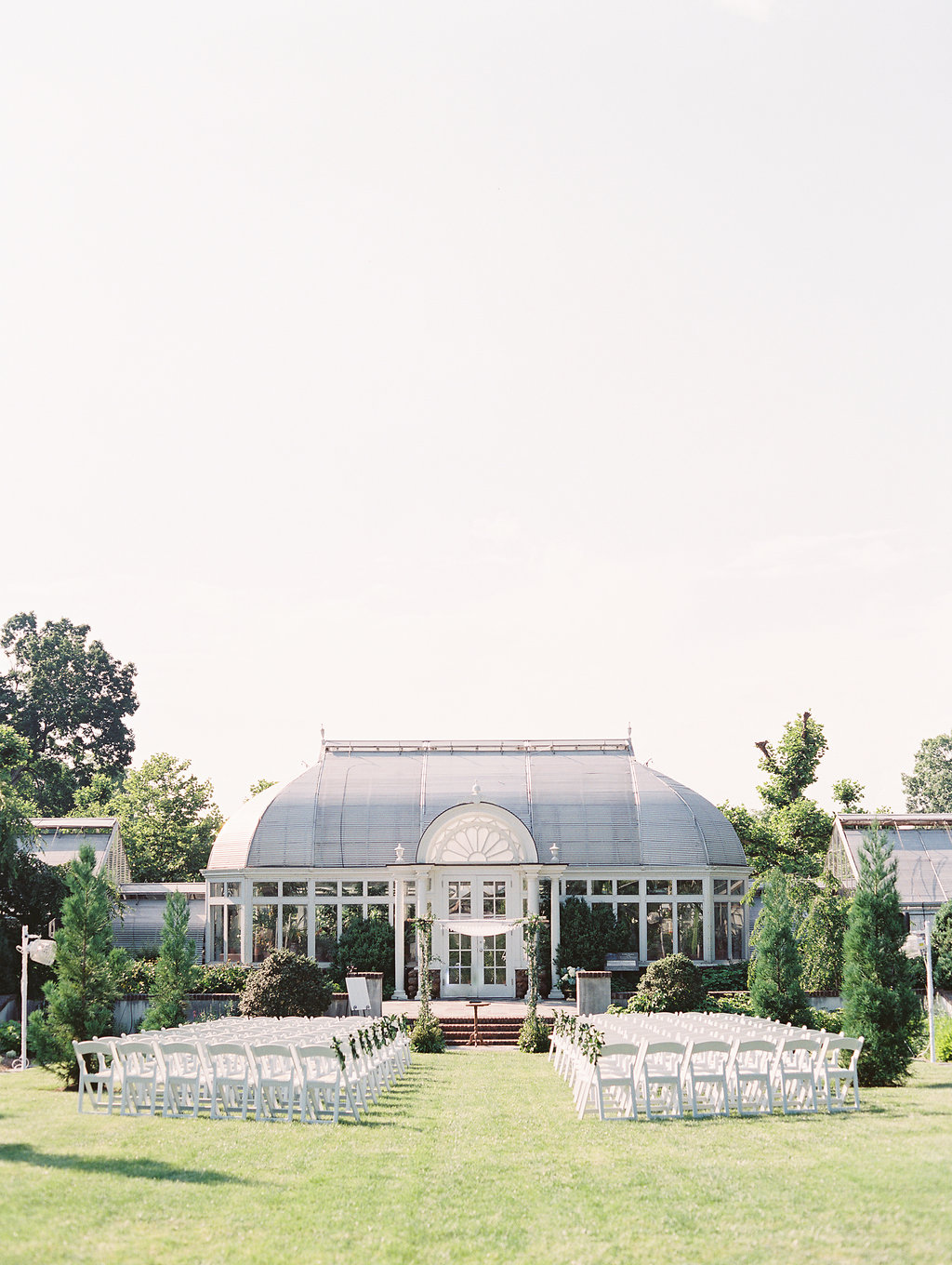 Reynolda Gardens all set up and ready for Ashley & Jeff's traditional Jewish ceremony |  Landon Jacob Photography