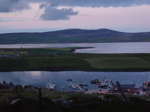 IMAGE  : JULIA LEE BARCLAY-MORTON /  Orkney Islands (Scotland)