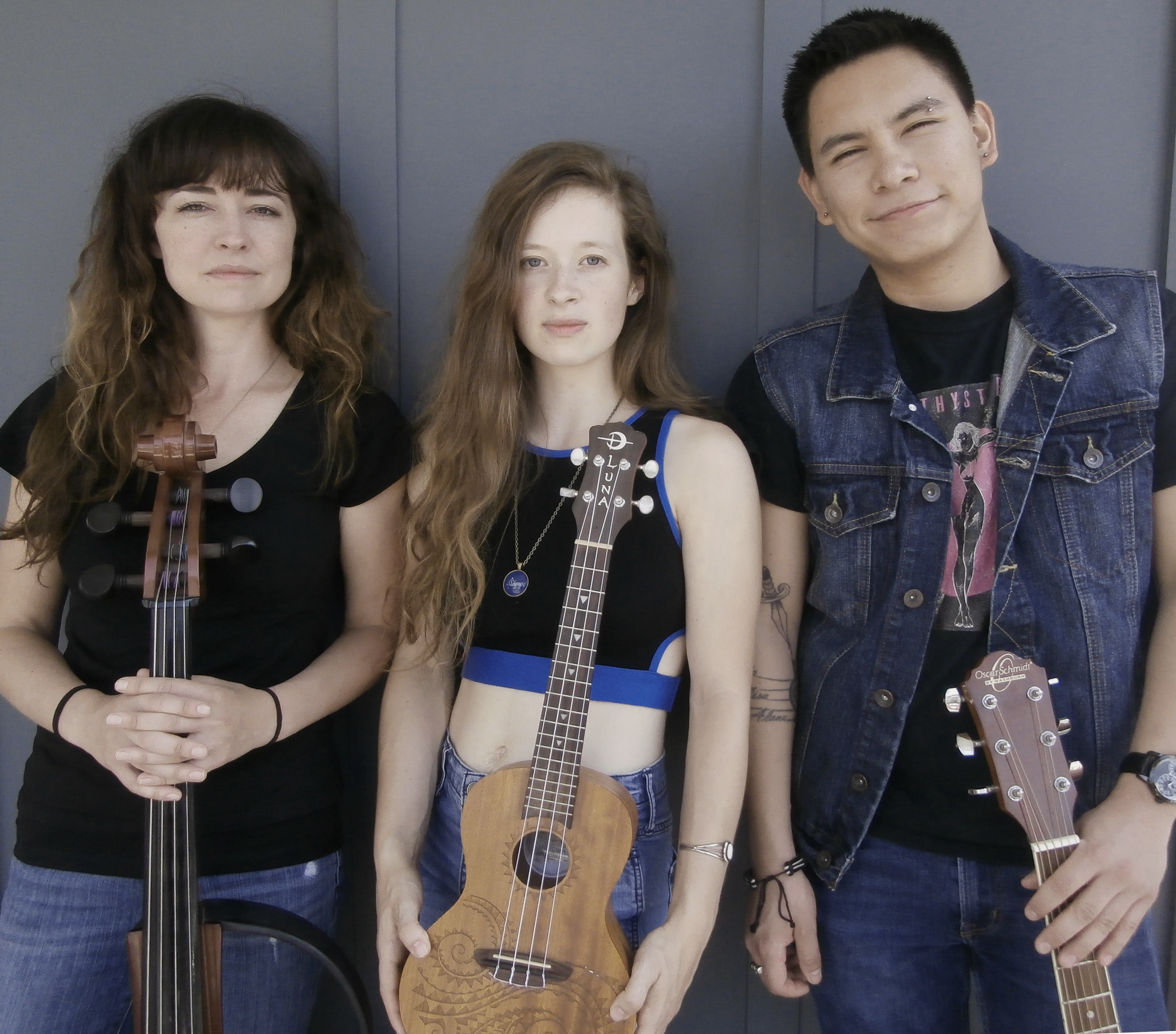 Wild Hum - with Hannah Rooth and Adrian Avalos
