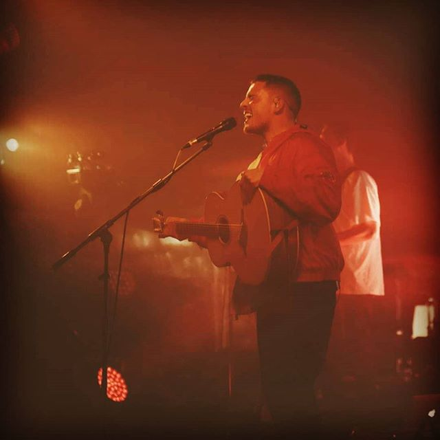 Looking forward to seeing @dermotkennedy performing this evening in Brixton!  Heard about his music whilst filming at @greatescapefest festival last year, chuffed to get to see him perform again!  Definitely give him a listen, great voice and lyrics!  dermotkennedy.com  #dermotkennedy