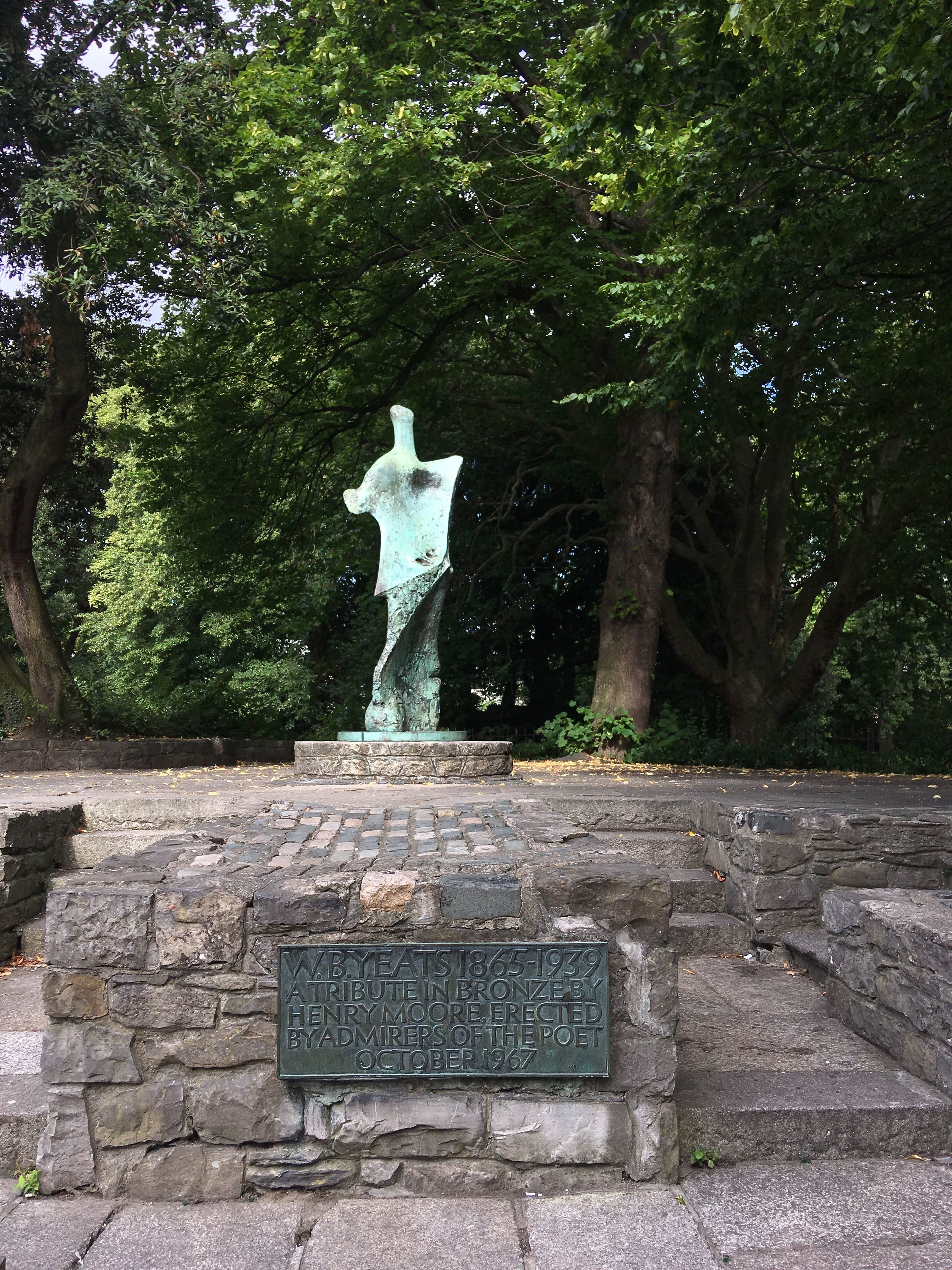 Tribute in bronze to WB Yeats.