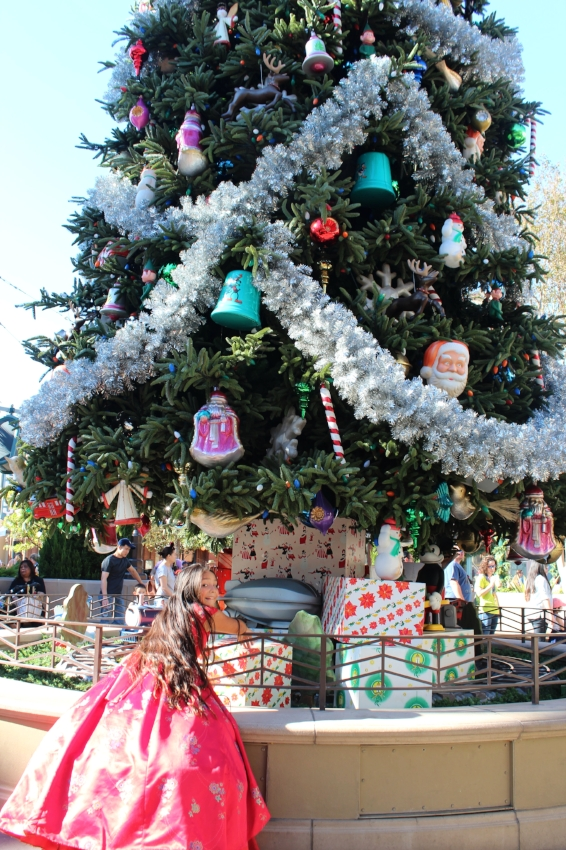 Um little  Princess Elena , those aren't for you! The tree is up and trimmed, and thought it is as stunning as Disneyland's tree on Main Street USA , it's a tad bit shorter at 50' (Disneyland's is 60' tall)