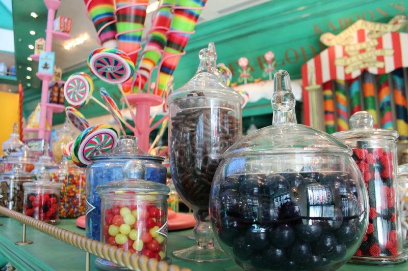 Honeydukes legendary shop for sweets Universal Studios Hollywood (c) Cleverly Catheryn