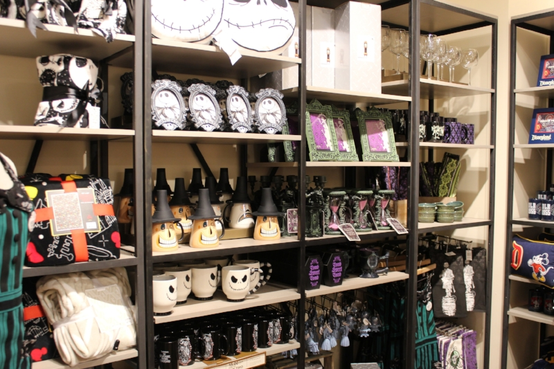 Disney Home Store Downtown Disney District (c) Cleverly Catheryn