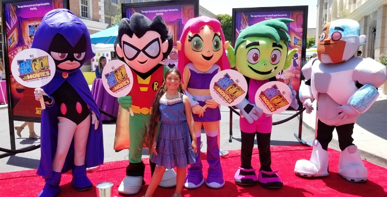 Red carpet with the characters of Teen Titans Go!
