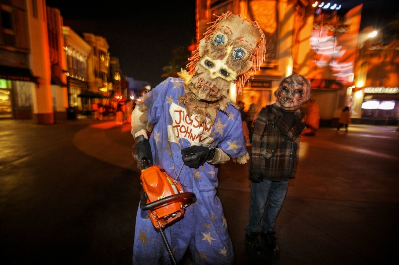Trick r Treat Scare Zone - HHN 2018 - 6.jpg