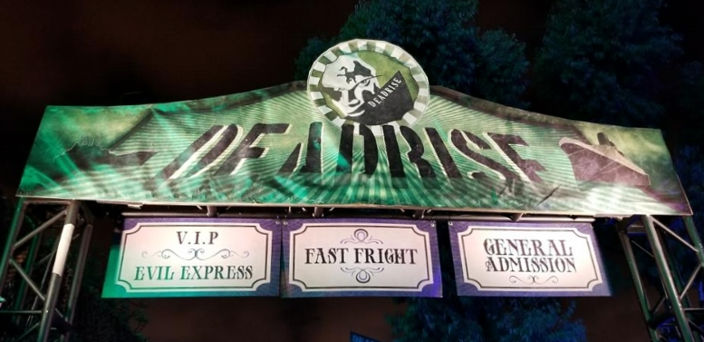 3 choices for planning your visit. Fast Fright and Evil Express are pretty comparable regarding wait times.