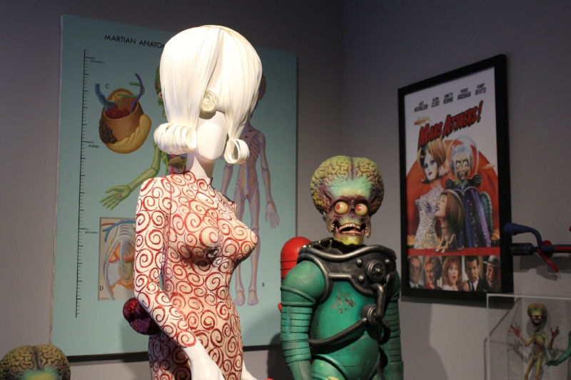 Mars Attacks Warner Bros Studio Tour Hollywood (c) Cleverly Catheryn