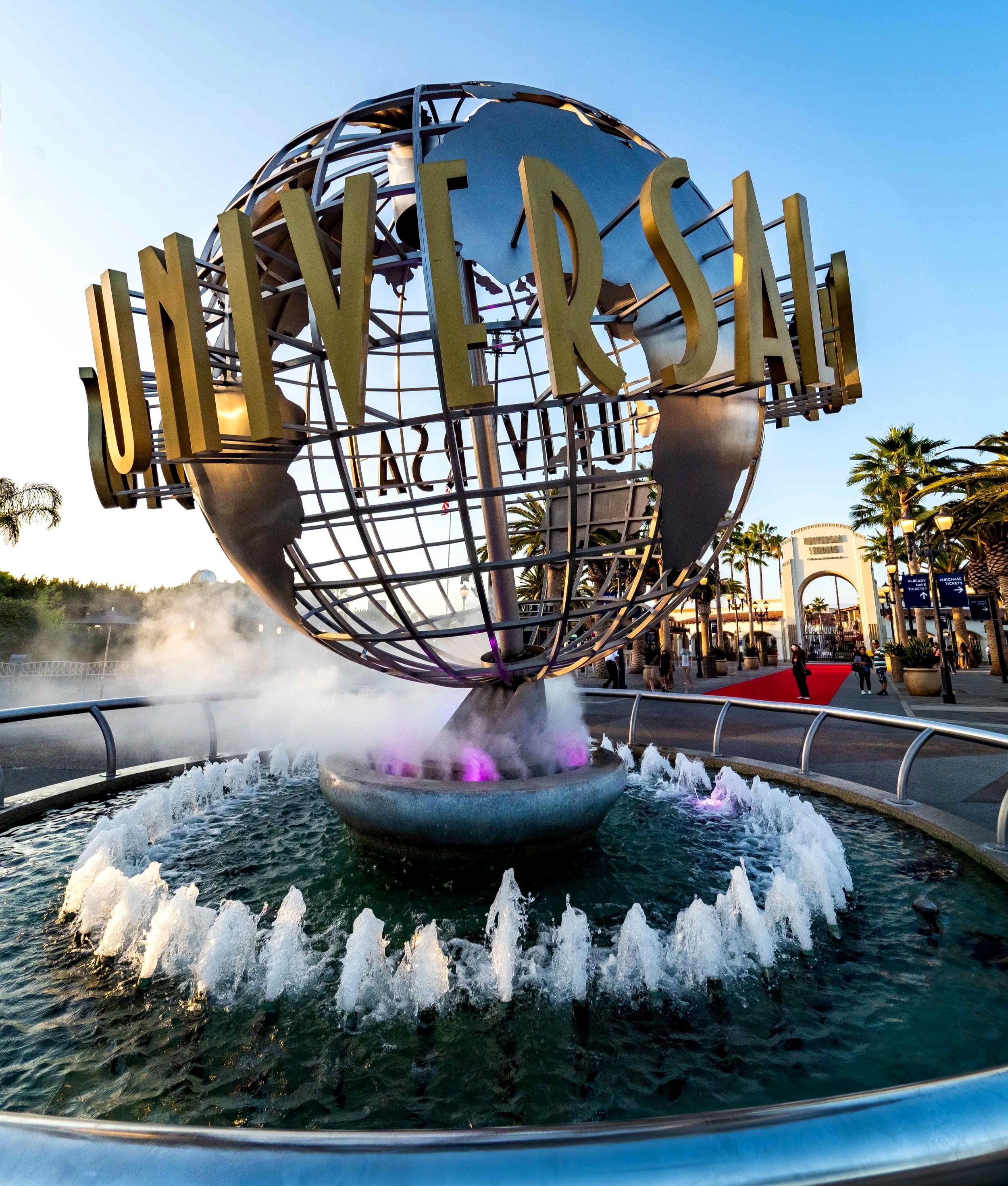 Universal Studios Hollywood globe entrance 2019.jpg