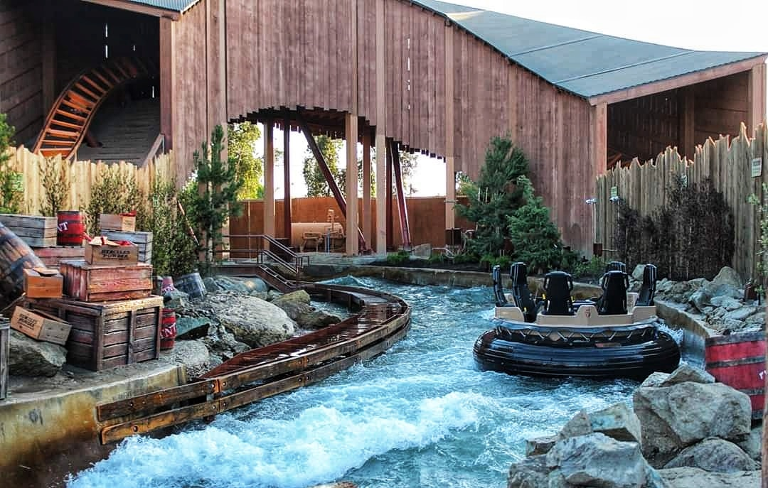 Calico River Rapids at Knott's Berry Farm (c) Cleverly Catheryn