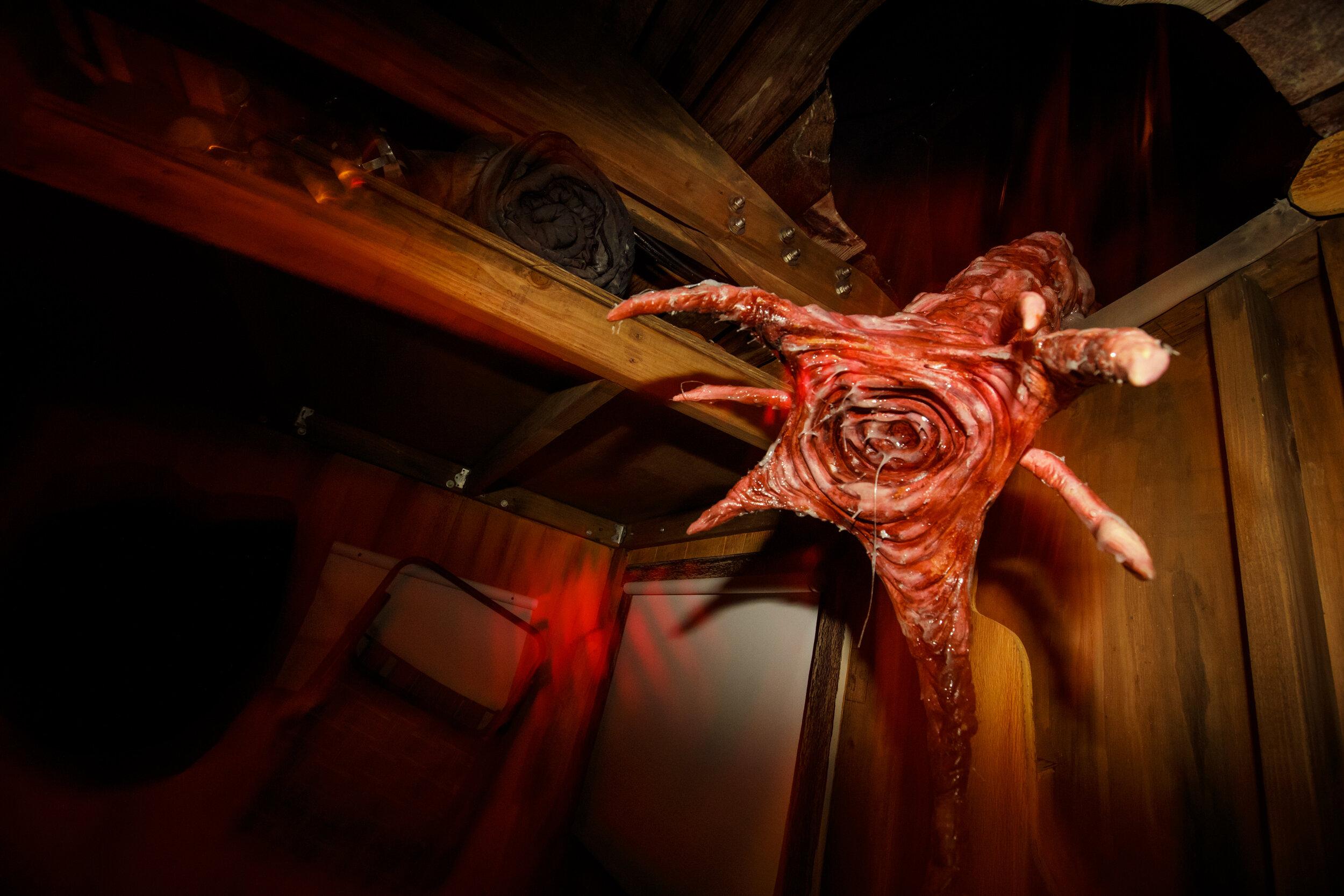 HHN2019-Stranger Things_S3 Monster Cabin2.jpg