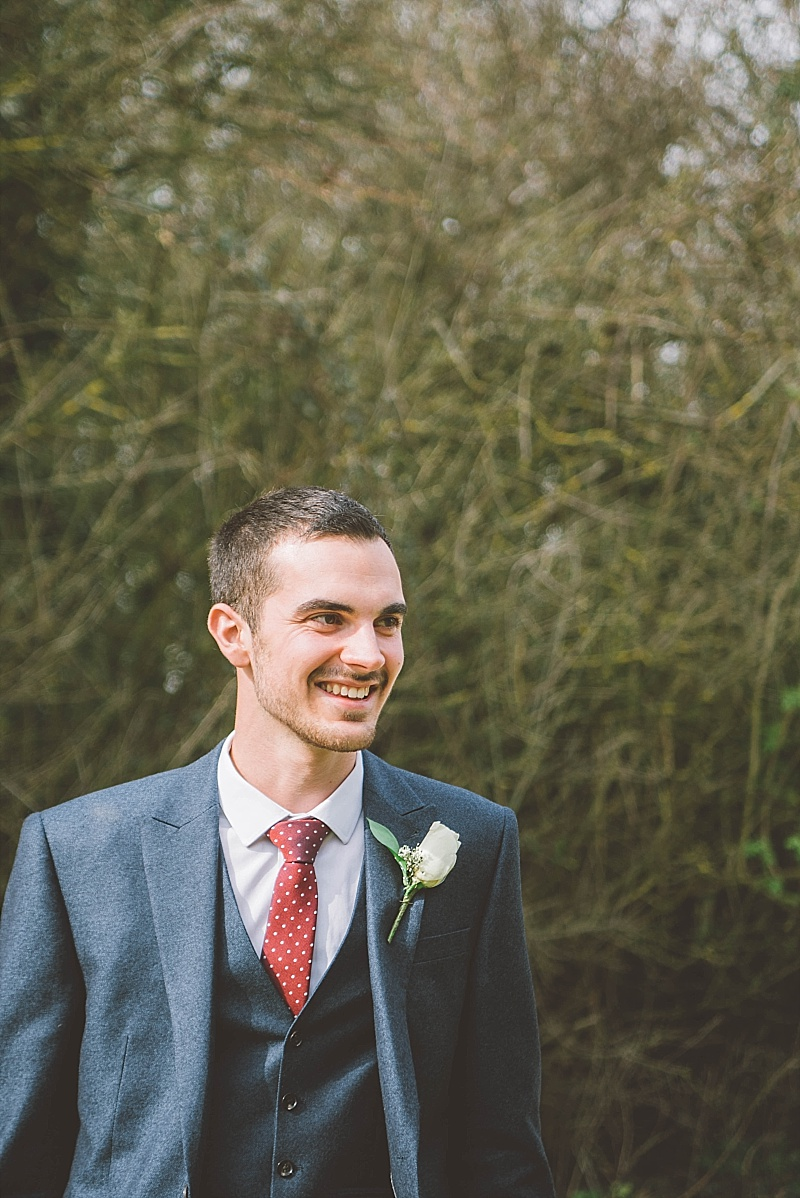 Alternative wedding photographer  Essex wedding photographer, heartfelt, creative, documentary wedding photographer, quirky wedding photography Essex, London and UK wedding photograpger (45).jpg