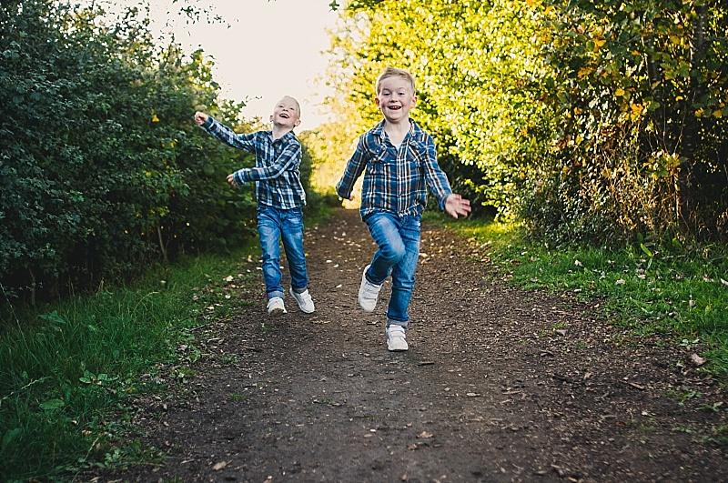 Essex PhotographerAutumn Portraits Creative Lifestyle Kids Family Essex  (9).jpg