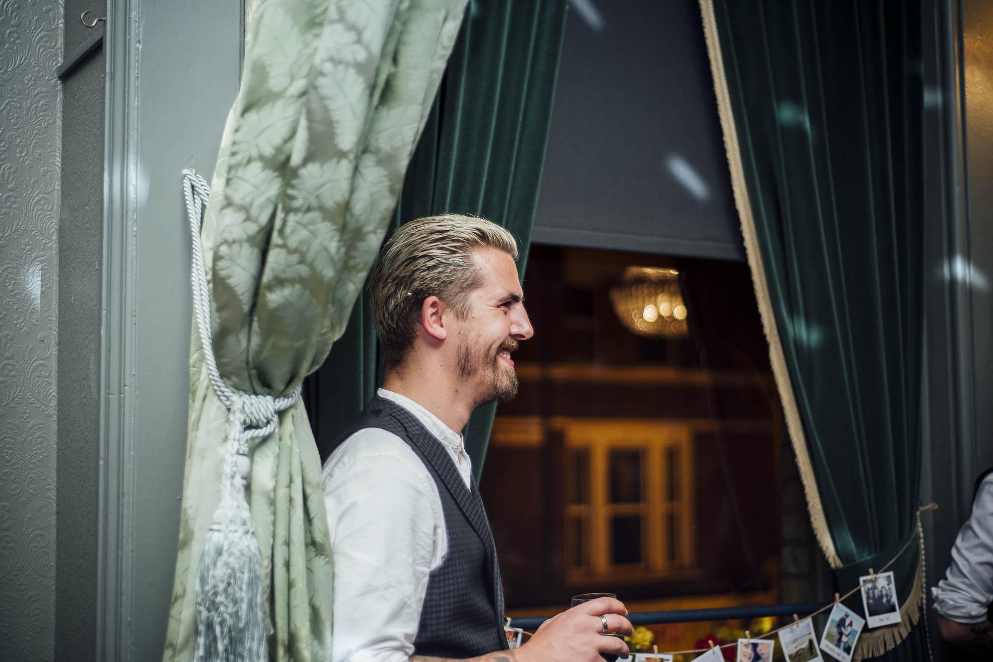 Creative Essex Wedding photographer www.purplepeartreephotography.com-245.JPG