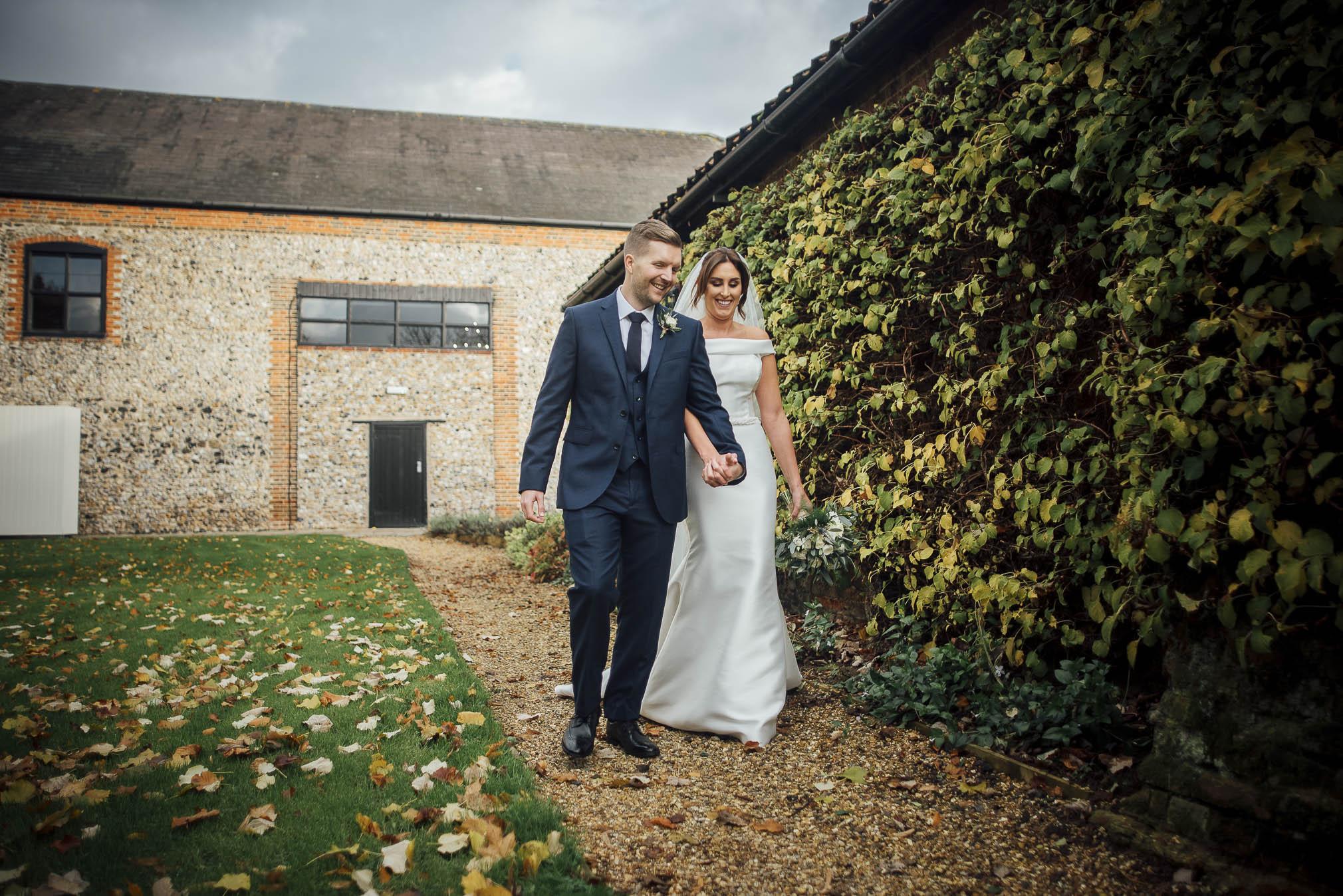 Grannary Barns Wedding+Modern Essex Wedding Photographer+Creative London Wedding Photographer+Essex Wedding Photographer