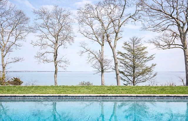 Pools open! New Nassau Point Rental, link in bio ✌🏼