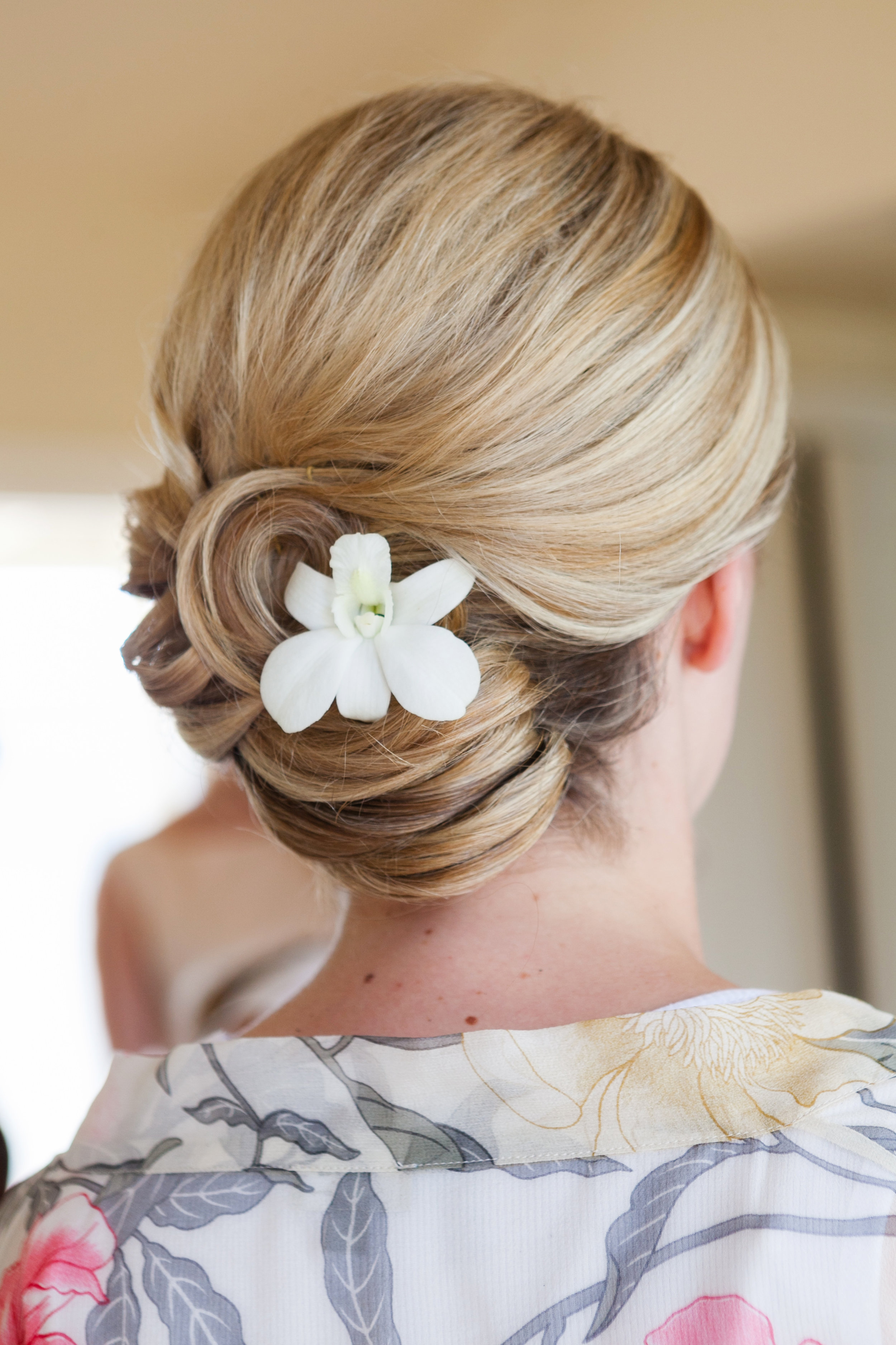 Carneros-Inn-Wedding-Updo.jpg