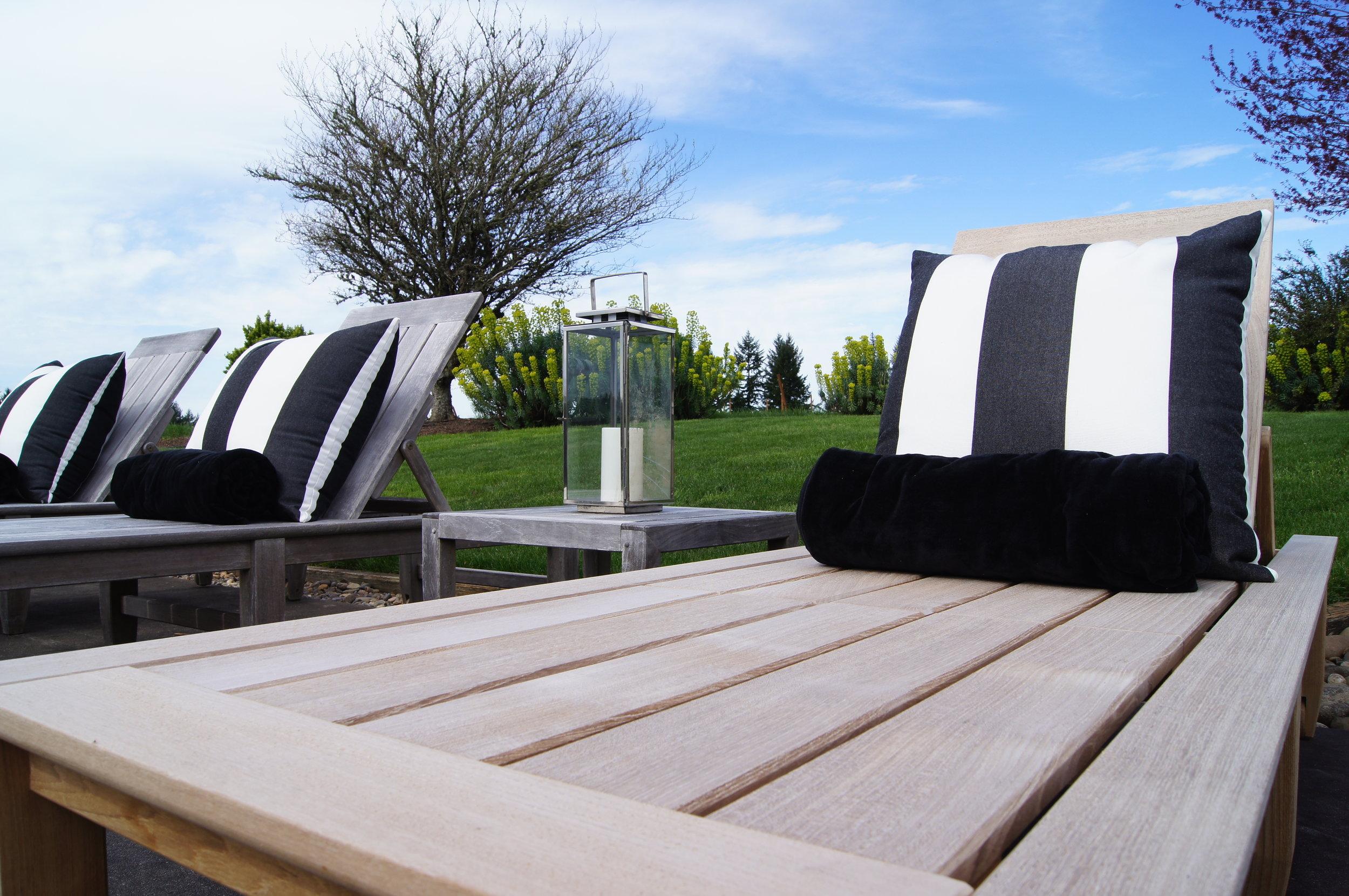 striped-pillows.jpg