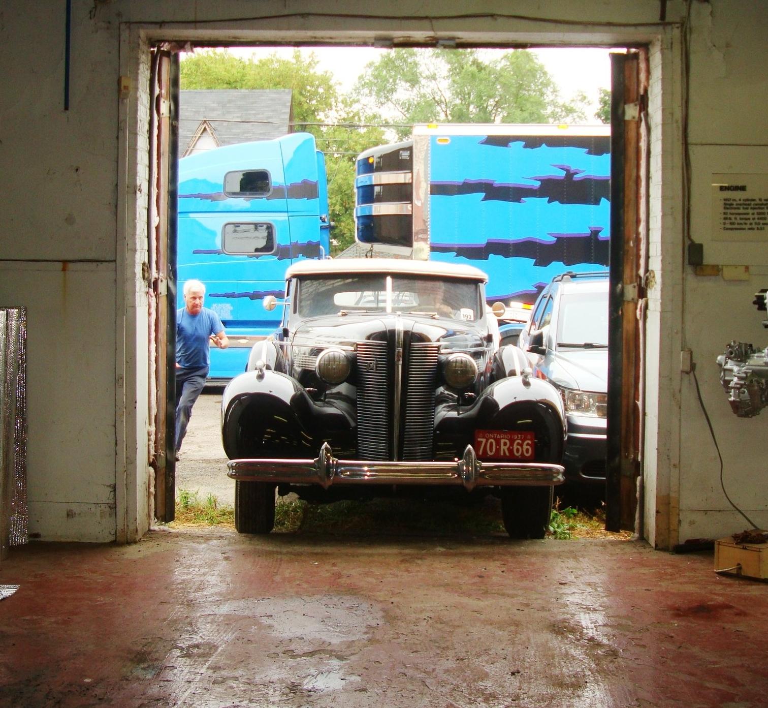 Buick loading dock
