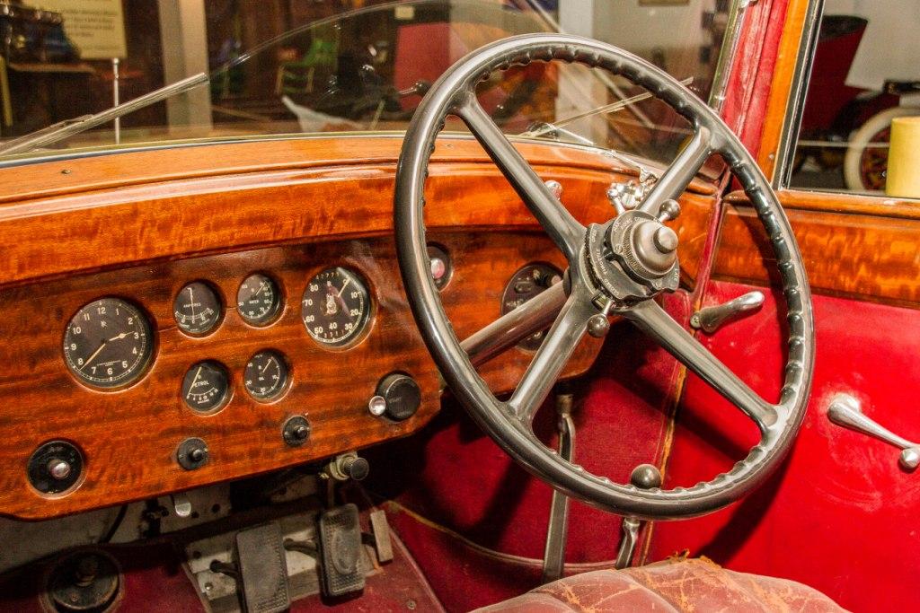 1935 Rolls Interior.jpg