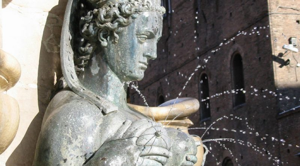 The Lactating Fountains of Italia- anybody notice how everything foreign sounds so much more sophisticated and exotic?