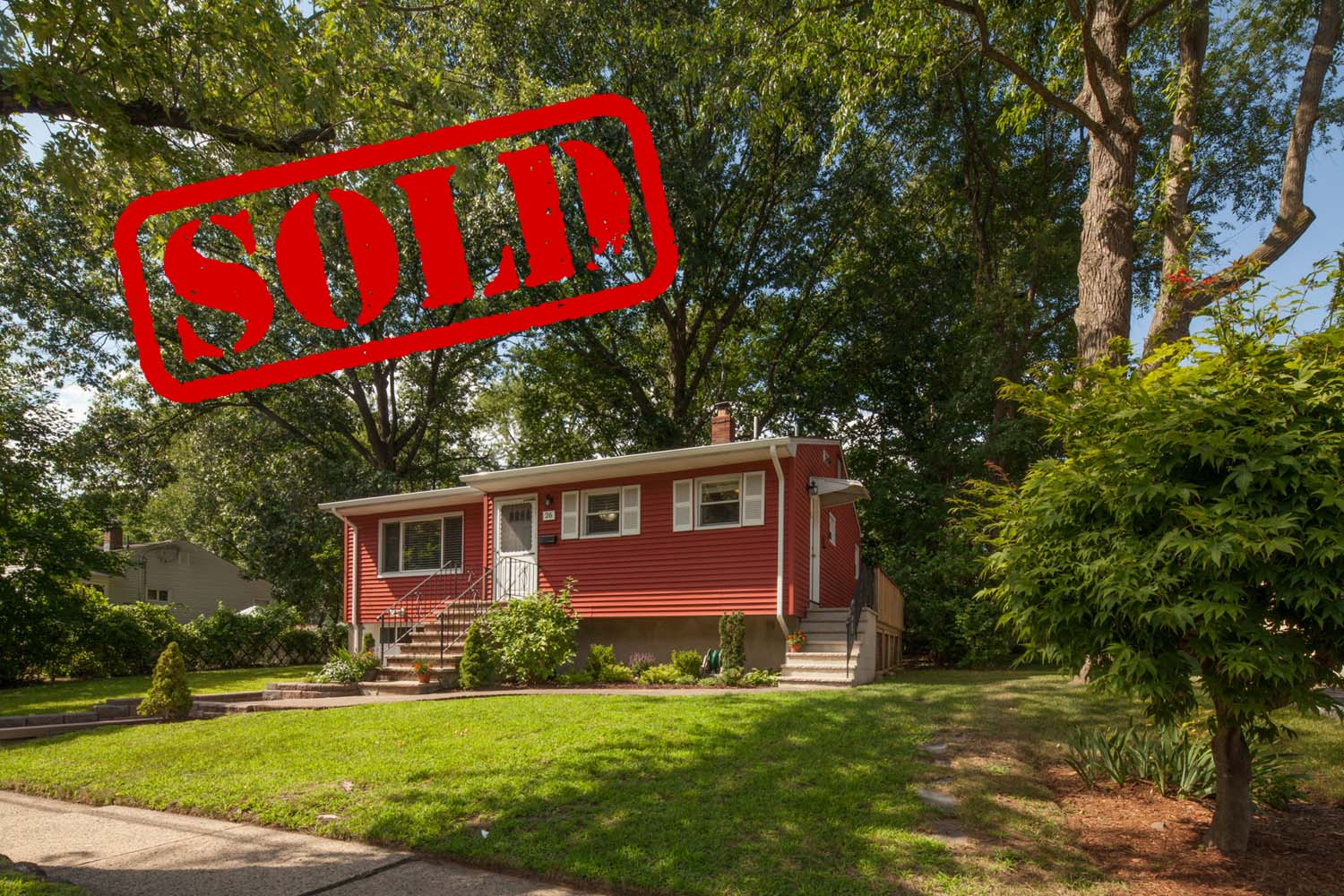 26 sycamore road, dumont nj - $330,000 // sold