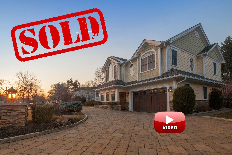 200 beechwood road, oradell nj - $1,150,000 // sold