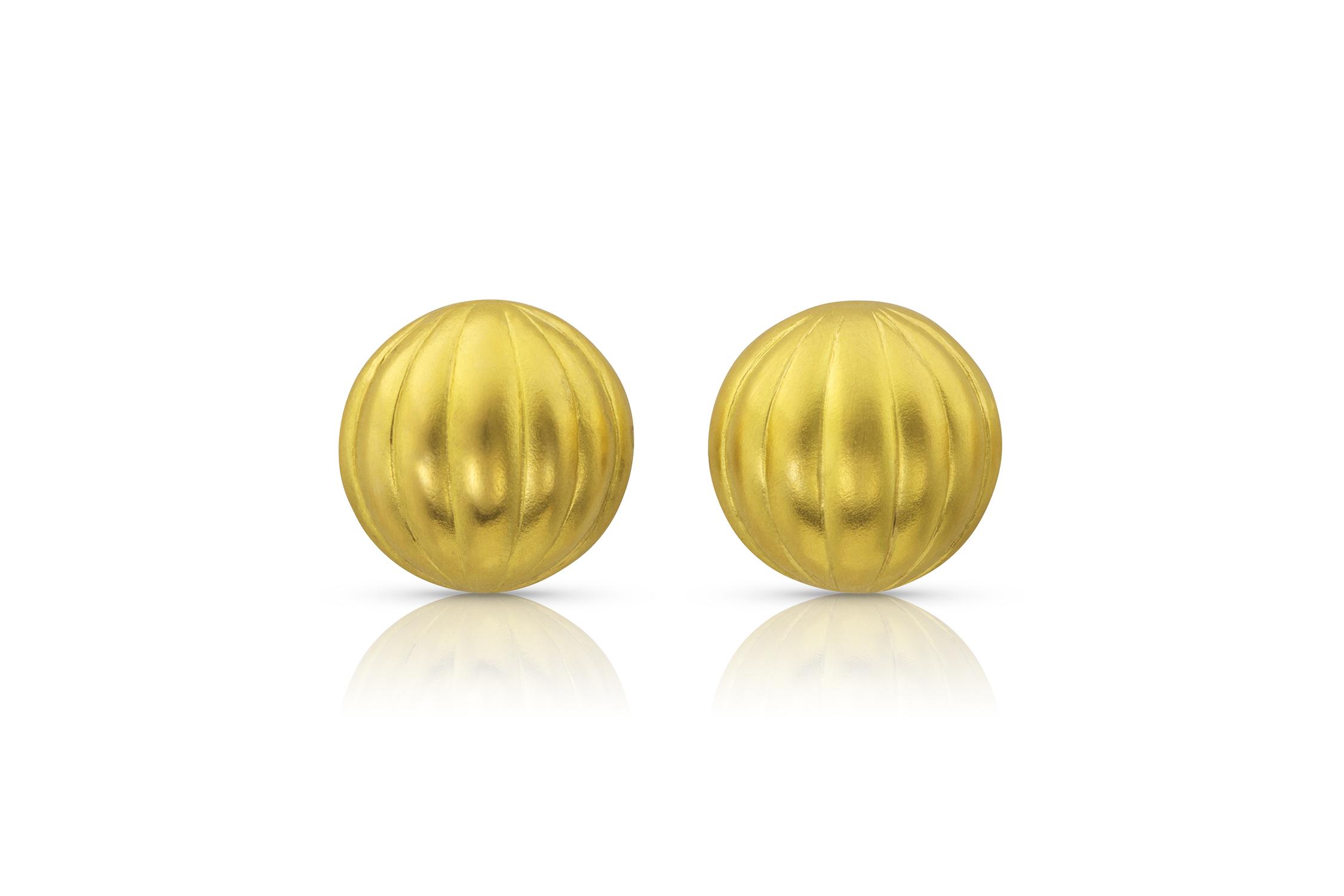 MELON POST 22k yellow gold
