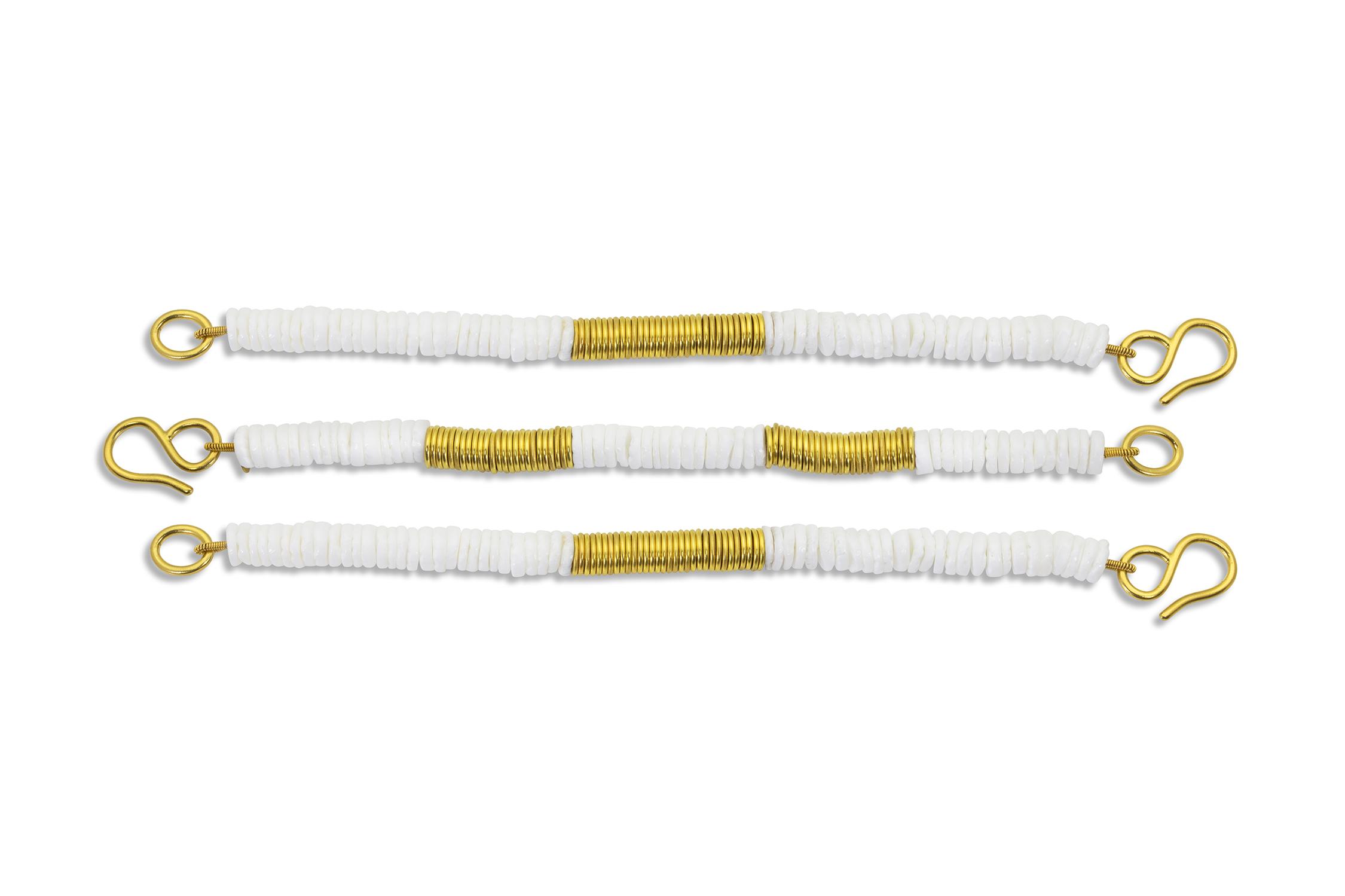 PHARAOH BRACELETS 22k yellow gold, shell