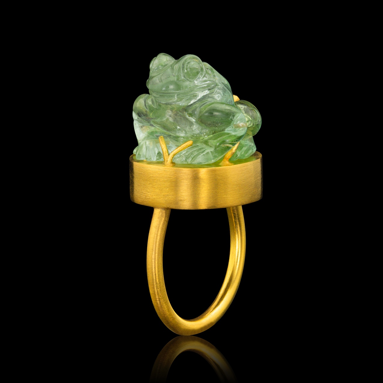 AMULET RING: HEKET 22k yellow gold, Tourmaline