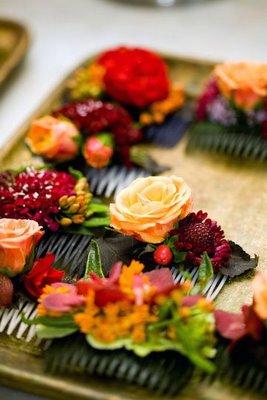 hair combs w flowers.jpg