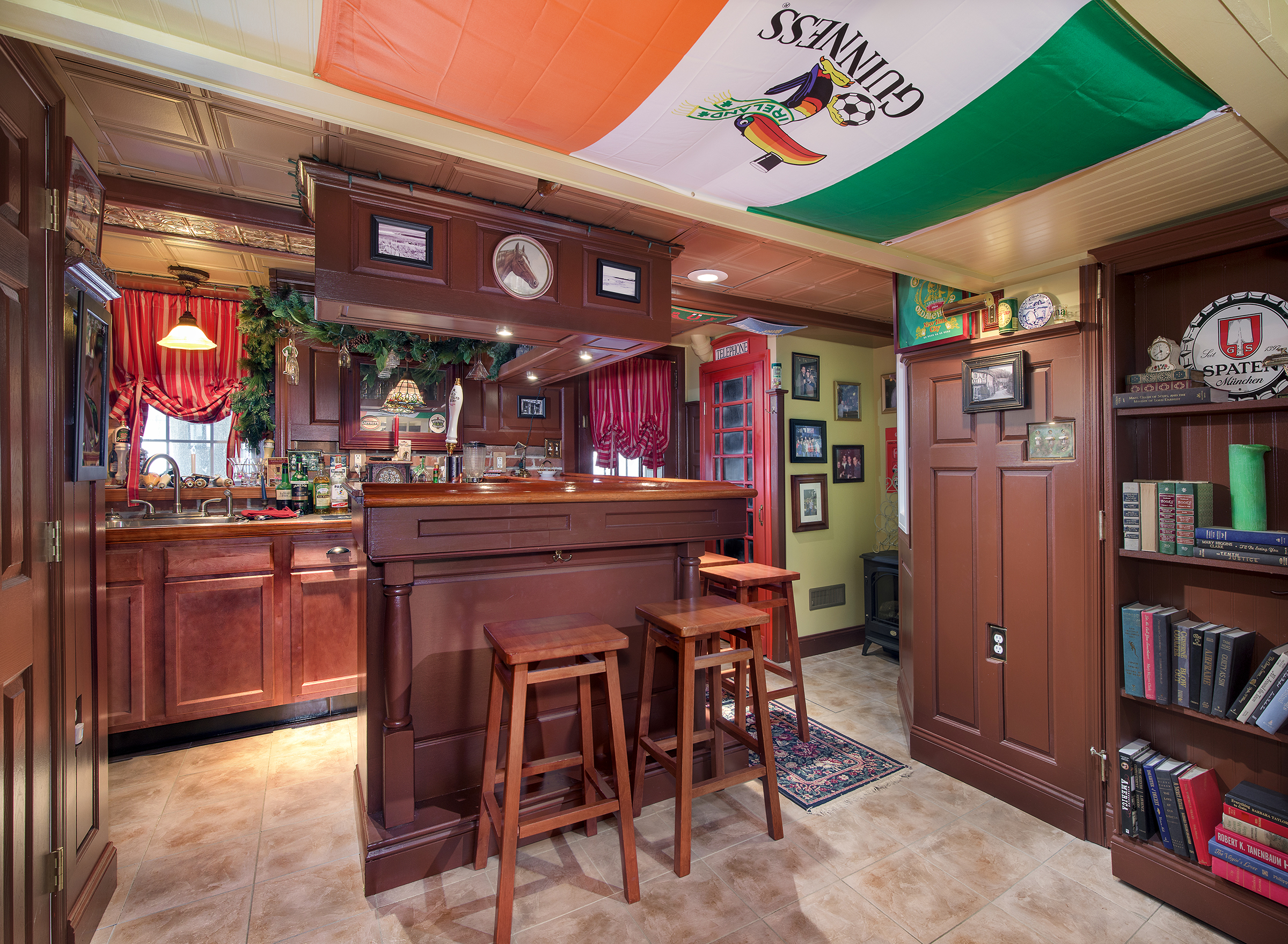I shot this home bar in 2015. Probably the nicest home pub I've ever shot. Happy St. Patrick's Day
