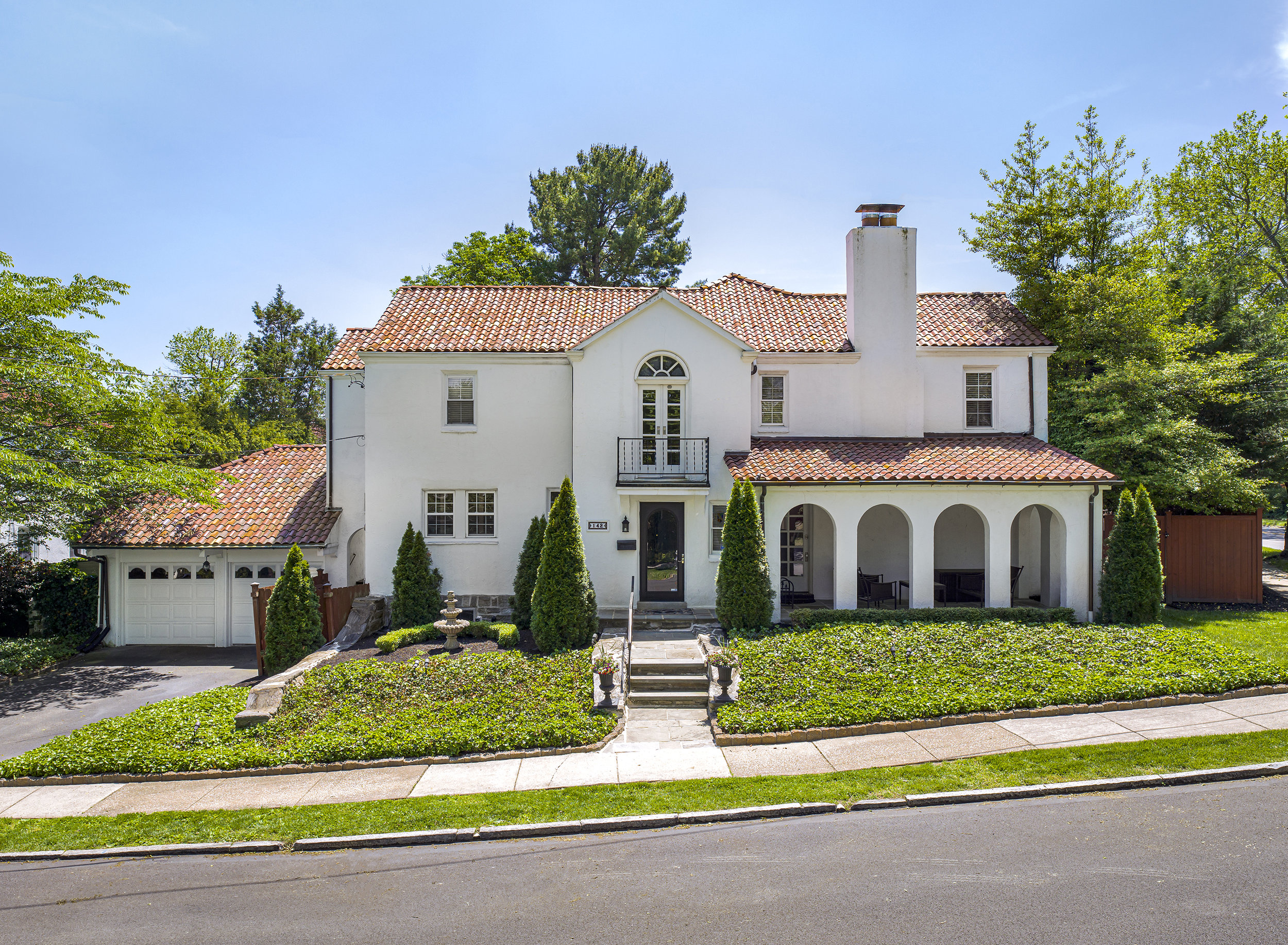 Two Spanish style homes in the same week!