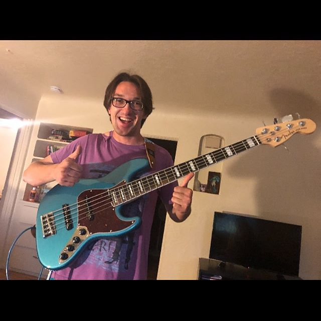 Zach got a whole extra string! #lowend #bass #5string #kingfridaythe13th #bassface #music #lookatthatsmile #lookatthatturquoise