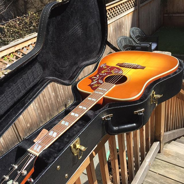 Hello my little Hummingbird. I will love you forever. #gibson #acoustic #bluegrass #hummingbird #kfx3