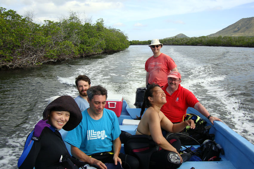 The Team heads to The Tile Wreck through the mangroves