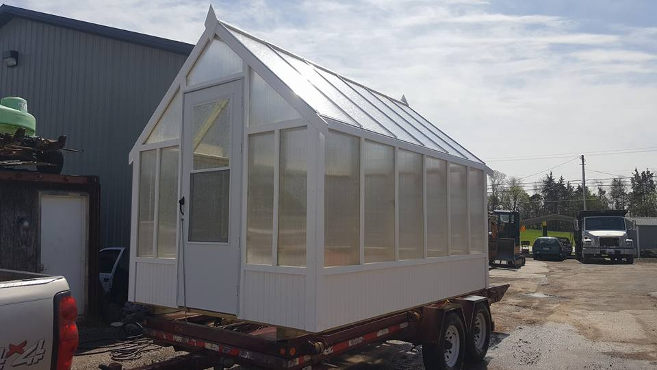 Greenhouses - Availables sizes: 8' x 8', 8' x 12', and 8' x 16'2x4 Pressure-Treated FramingHeavy-Duty Poly Carbonate Panels32