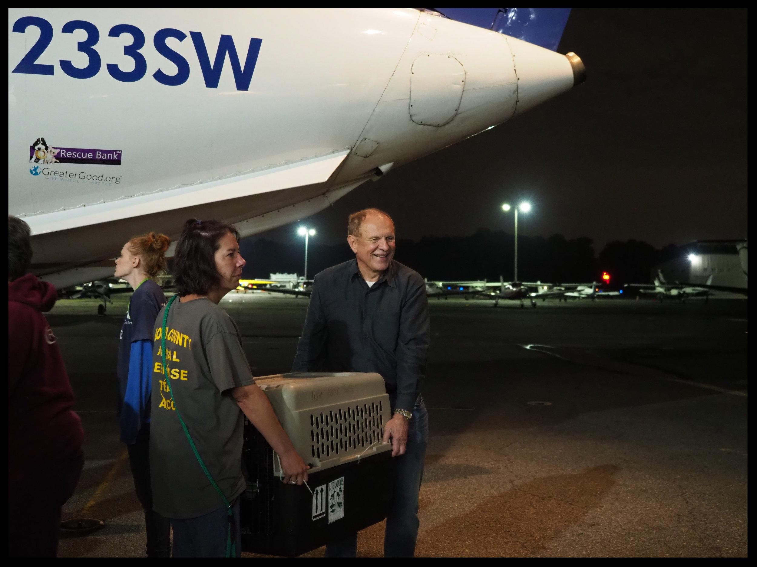 Senator Lesniak lent a hand during a recent airlift of animals at Morristown Muni Airport.