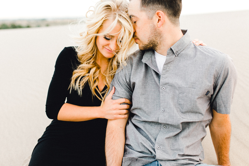 engagement-photographer-rexburg-sand-dunes-anna-christine-photo-11.jpg