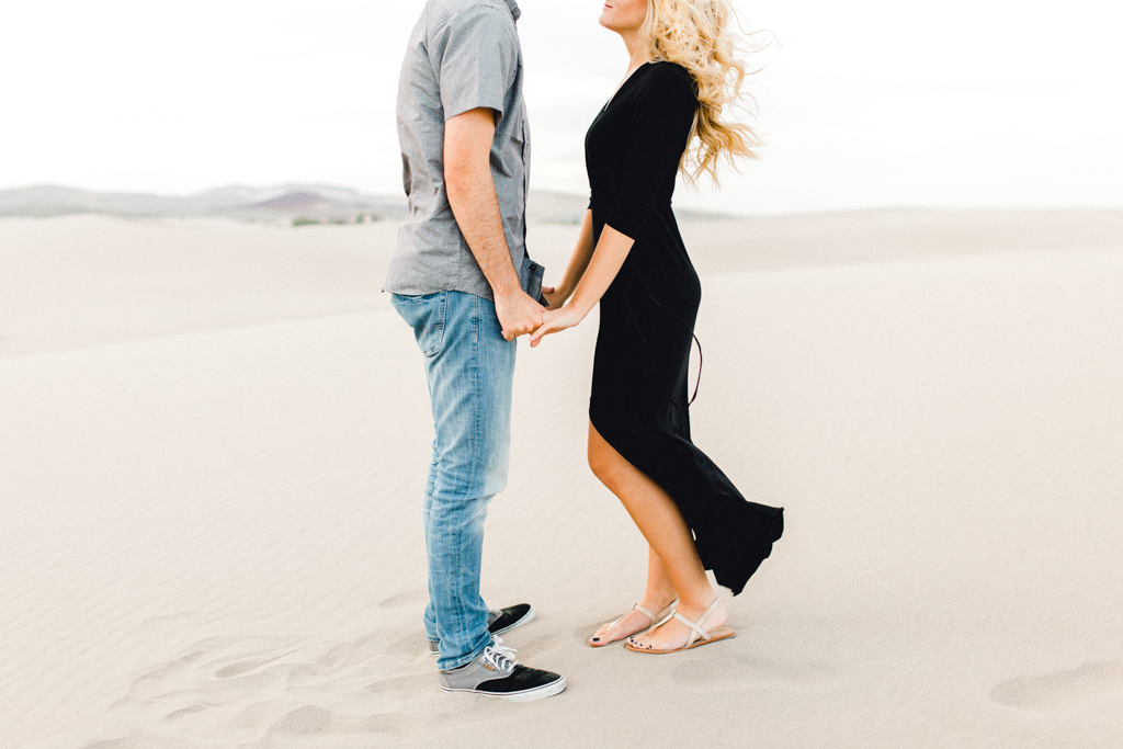 engagement-photographer-rexburg-sand-dunes-anna-christine-photo-16.jpg
