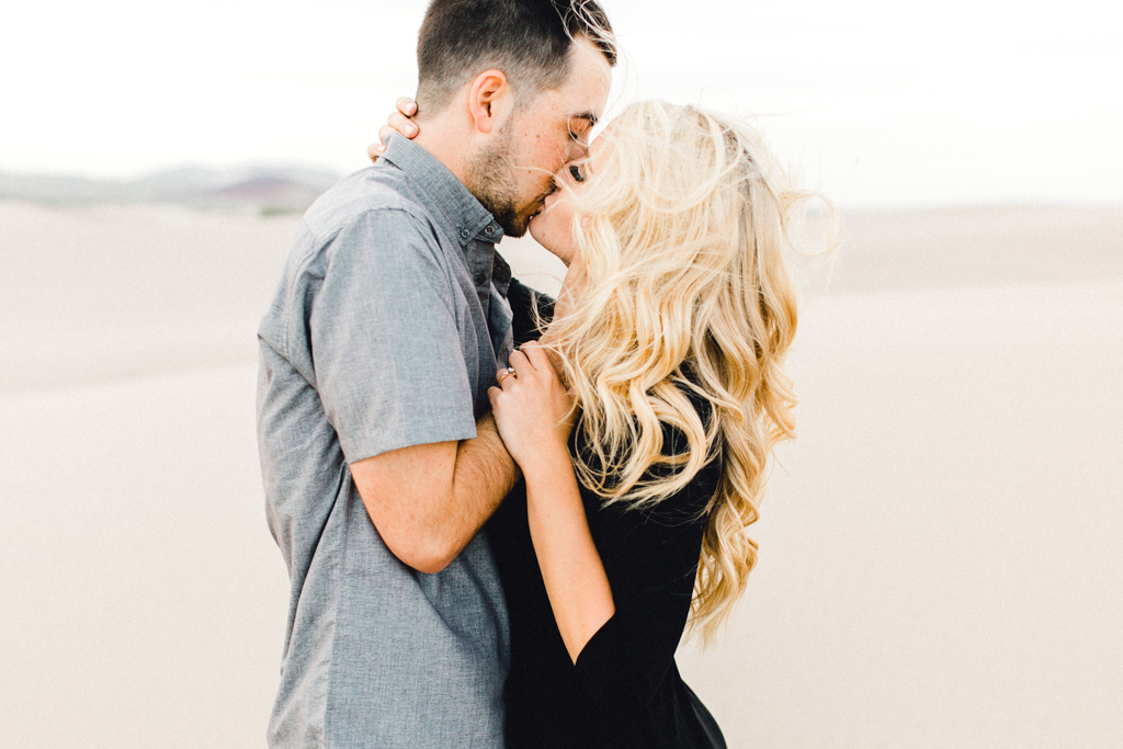 engagement-photographer-rexburg-sand-dunes-anna-christine-photo-15.jpg