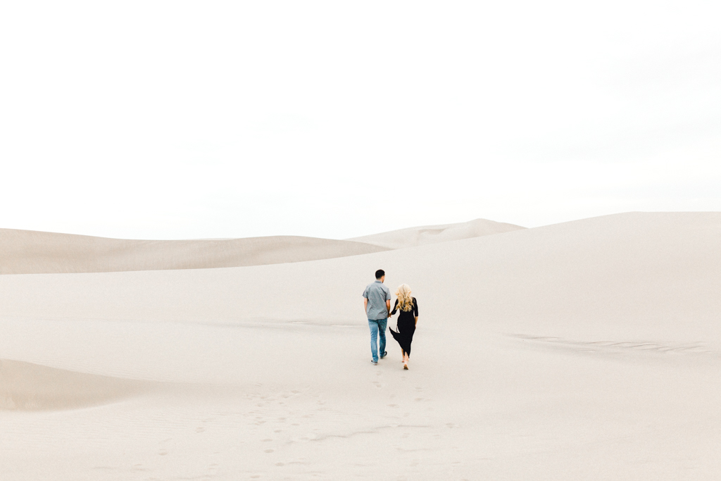 engagement-photographer-rexburg-sand-dunes-anna-christine-photo-19.jpg
