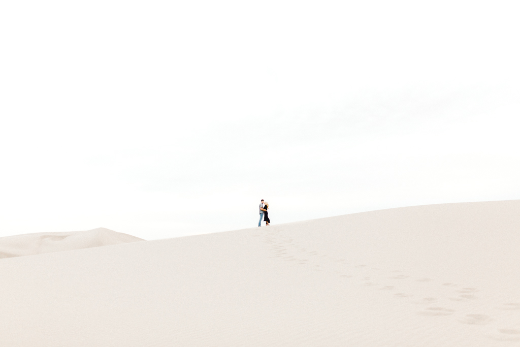 engagement-photographer-rexburg-sand-dunes-anna-christine-photo-20.jpg