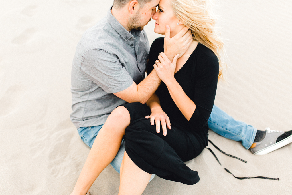 engagement-photographer-rexburg-sand-dunes-anna-christine-photo-21.jpg