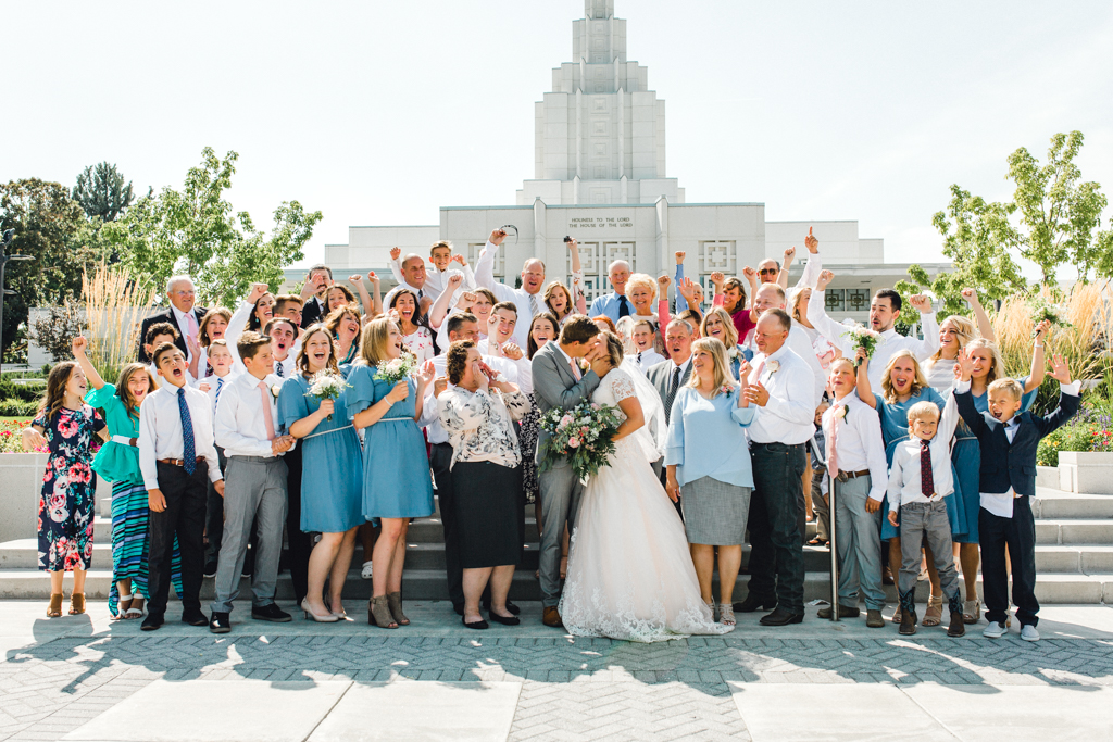 idaho-falls-temple-lds-wedding-photographer-anna-christine-photography-marcus-amber-4.jpg