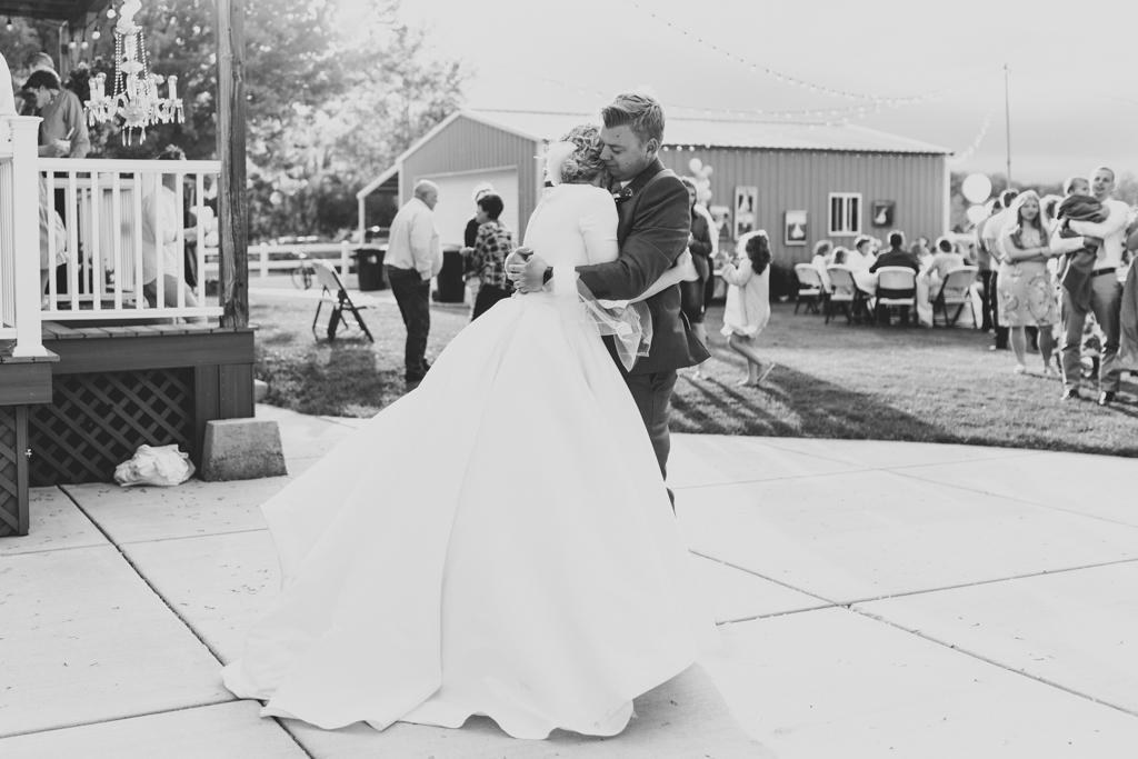 taco-bar-beautiful-outdoor-wedding-backyard-reception-summer-rexburg-idaho-anna-christine-photography-28.jpg