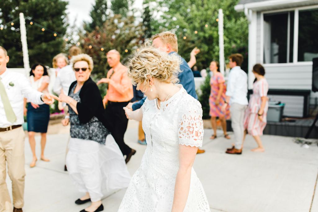 taco-bar-beautiful-outdoor-wedding-backyard-reception-summer-rexburg-idaho-anna-christine-photography-30.jpg